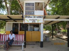 Paradise Beach – Banana Jo Bar.