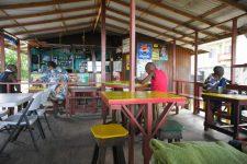 Paradise Beach – Hard Wood bar.