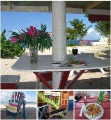 Paradise Beach – Off de hook beach bar and restaurant.