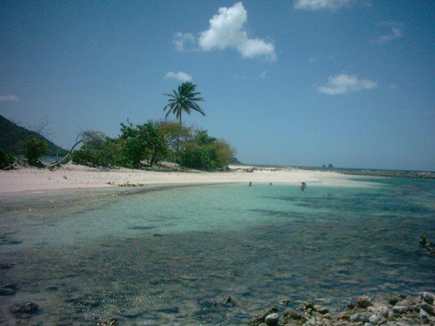 Sandy Island lagoon.