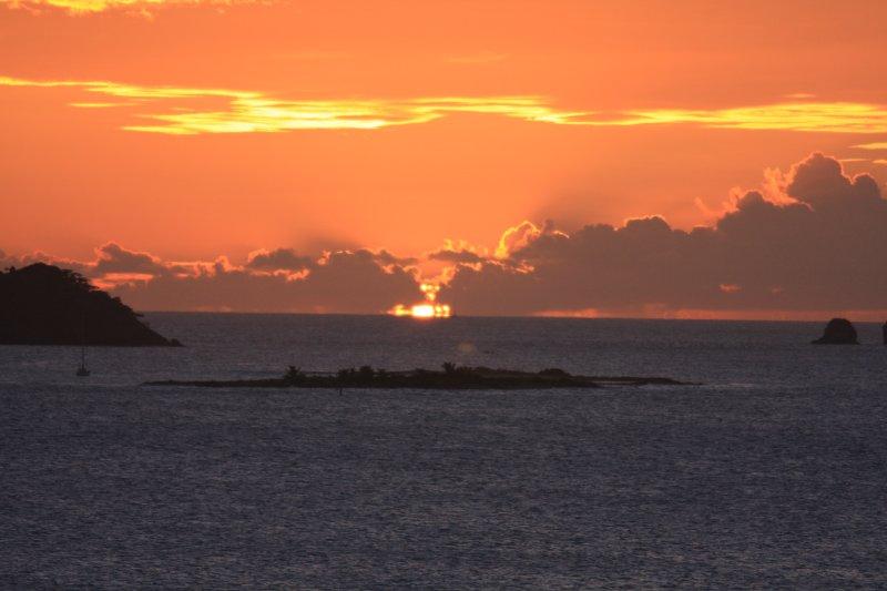 Beautifull sunset behind Sandy Island.