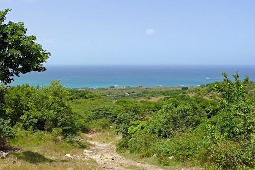 Sixroads path to Sabazan Bay.